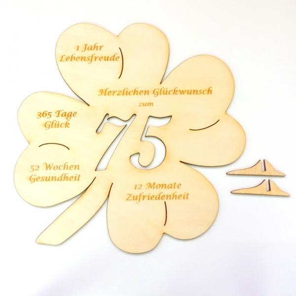 Glucksbringer Kleeblatt Mit Gravur Und Gluckwunschen Zum 75
